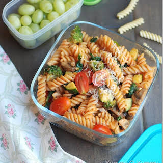 Pasta with vegetables and homemade marinara sauce – Kids' Lunch idea 1.