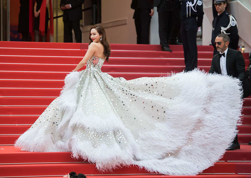 jessica gown 12