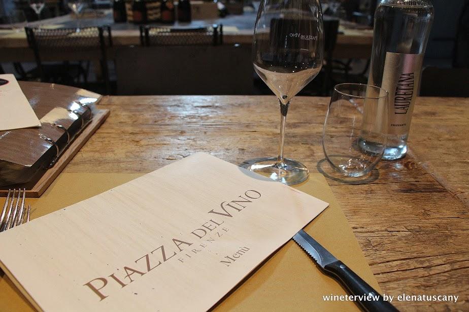 wine, italian wine, vino, vino italiano, distribuzione vino, piazza del vino, ristorante piazza del vino firenze, ristorante firenze, menu, italian restaurant, restaurant florence,