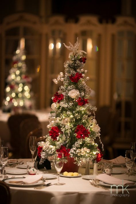 christmas wedding centerpieces