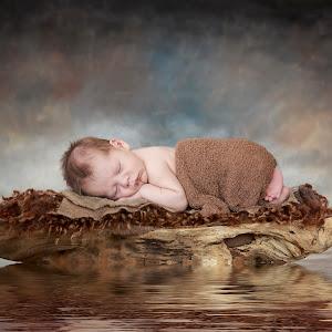 Derick Newborn-020.jpg