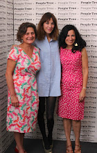 Photo: Fairtrade's Harriet Lamb with Alexa Chung and Safia Minney at London Fashion Week