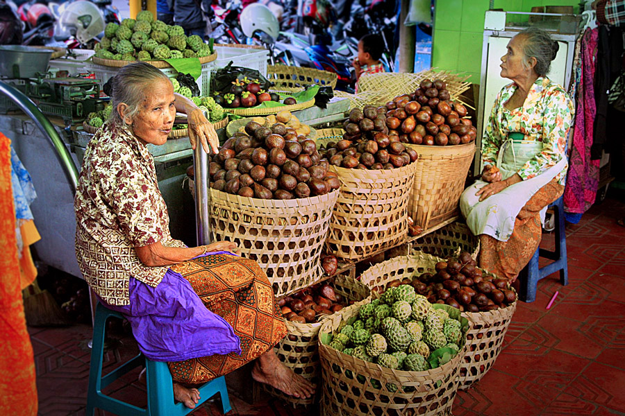 twin sister by Gedion Kristianto - City,  Street & Park  Markets & Shops ( pwcmarkets )