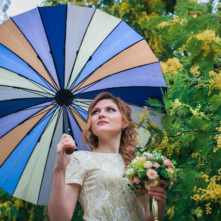 Wedding photographer Yuliya Durmanova (Julia98). Photo of 04.06.2017