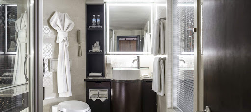 A look at the luxurious bathroom in the guest rooms aboard Sanctuary Yangzi Explorer.