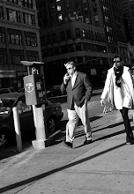 Photo: Med bestämda steg NYC februari 09