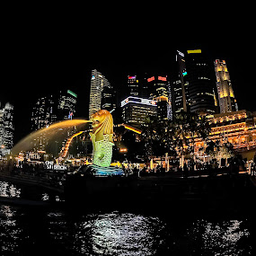 by Liaunya Haji Awengz - Buildings & Architecture Statues & Monuments ( lights, night )
