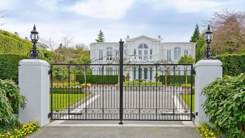 Discount Mansion