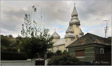 "Photo: Str. Salinelor - spatiu verde,  vedere Biserica Ortodoxa   ""Sfanta Treime "" (Biserica ""Sovagailor"")   - 2016.10.08"