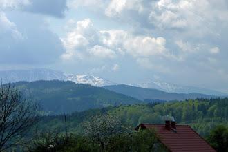 Photo: gdzieś tam w oddali nadal zaśnieżona Babia Gora