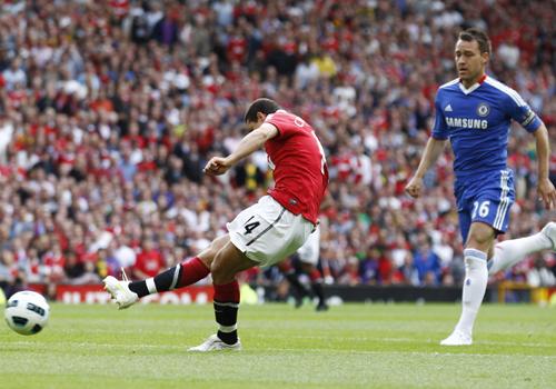 Javier Hernandez shooting, Manchester United - Chelsea