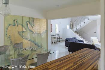 Maison meublée 8 pièces 245 m2