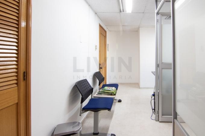 oficinas en arriendo manila 494-3198
