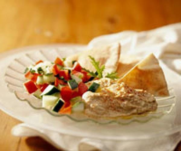 Hummin' Hummus Dip Platter Recipe
