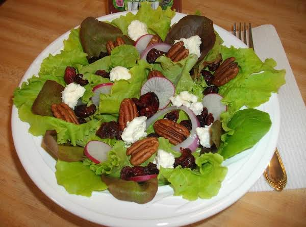 Cranberry-pecan Salad With Feta Cheese Recipe