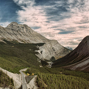 Canadian Rockies By Victor Harris 20115.jpg