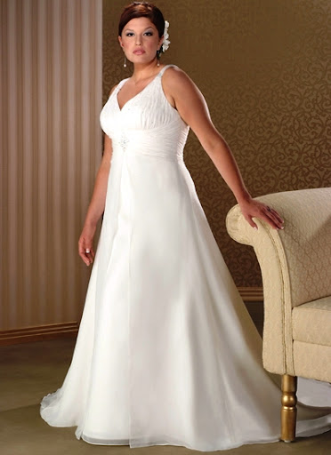 Exclusive' Plus Size Wedding Gown T3321