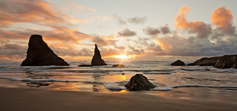 Photo: Good evening everyone! Here's a little remix of a photo I took last winter in Bandon. Hope you enjoy!  http://500px.com/photo/8724887 http://patriciadavidsonphotography.com #LandscapePhotography +Landscape Photographycurated by +Margaret Tompkins #seatuesday curated by +Julia Anna Gospodarou +Julia Anna Gospodarou #oregoncoast  #bandon #pacificnorthwest #photography