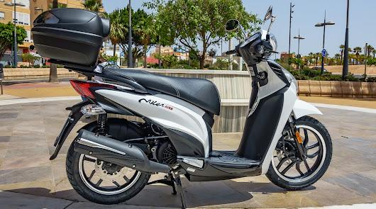 KYMCO MILER 125 el scooter de rueda grande ideal para su uso urbano