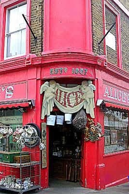 Alice's London di bereza
