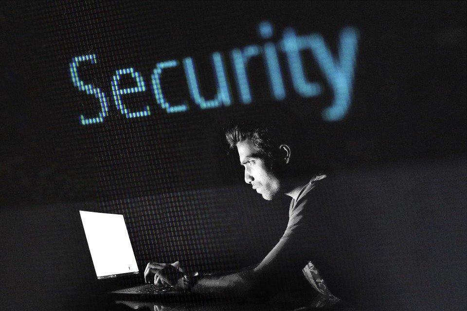 Hacking Cyber Hacker La - Foto gratis en Pixabay