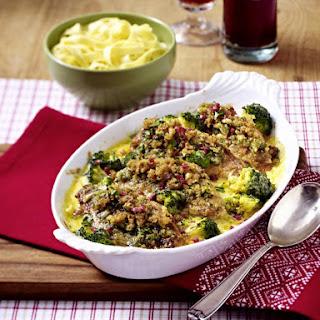 Chicken and Broccoli Hollandaise Bake.