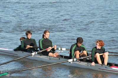 Sweep Rowing Vs. Sculling