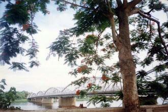 Photo: cầu Tràng Tiền: góc đẹp nhất và góc thường được chụp nhất :-)