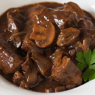 Slow Cooker Simple Mushroom Beef Stew.