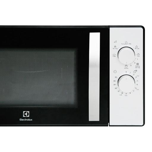 Lò-vi-sóng-có-nướng-Electrolux-EMG23K38GB-23-lít-4.jpg