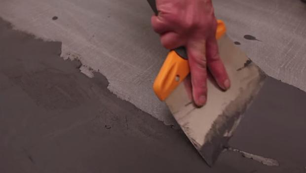 comment appliquer du béton ciré? Etape ar étape nous vous apprenons à réaliser vous-même un sol en béton ciré, rénovation facile en béton ciré