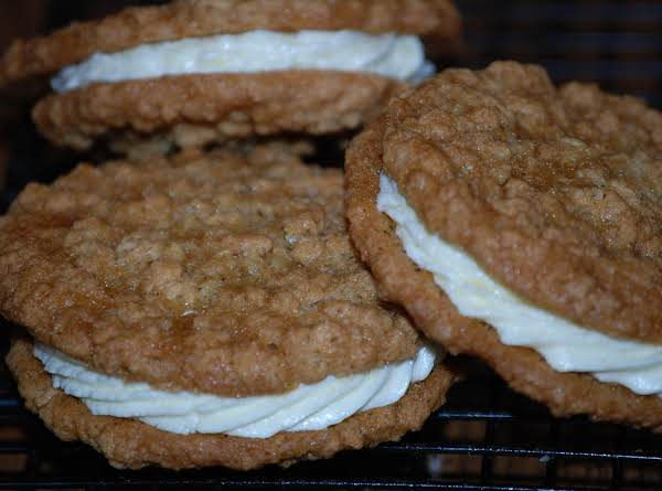 Cream Filled Oatmeal Cookies Recipe
