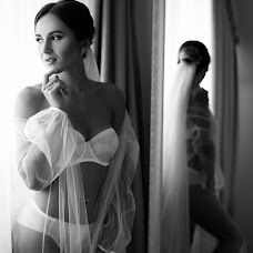 Wedding photographer Kristina Shinkaruk (KrisShynkaruk). Photo of 19.10.2018