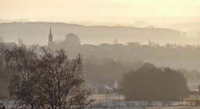 Photo: Ochtend boven Champlon, vanuit een raam van de jeugdherberg