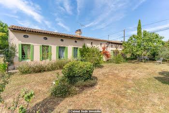 maison à Saint-Martin-de-Coux (17)