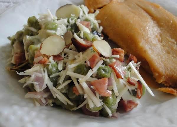 English Pea And Onion Salad Recipe
