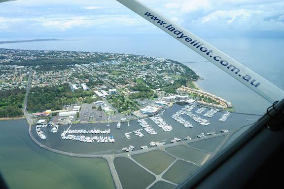 ハービーベイのヨットハーバーの写真