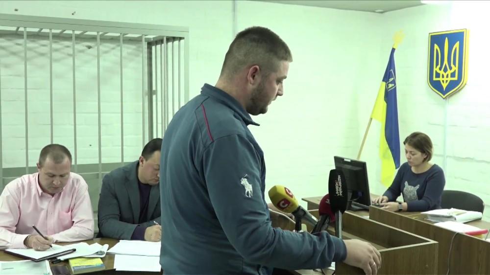 Таксист в суде отказался от претензий к обвиняемым