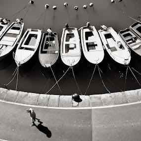 walk the line by Gregor Znidarsic - Transportation Boats ( work, street, sea, boat, people )