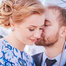 Wedding photographer Mariya Shumilina (lunary). Photo of 23.12.2015