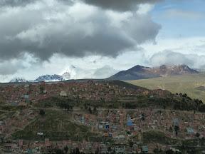 Vue de La Paz avec au fond le Huayna Potosí