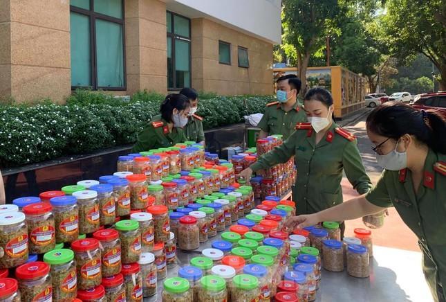 Hơn 350 tấn hàng hóa từ Nghệ An vào TPHCM tiếp sức chống dịch ảnh 8