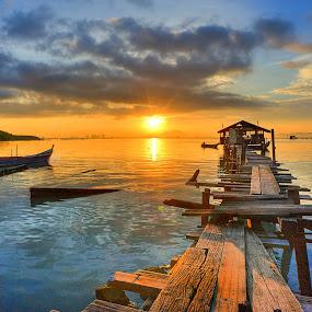 Jelutong sunrise by Izham Khalid - Landscapes Sunsets & Sunrises ( sky, sampan, penang, sea, cloud, sunrise, jetty )