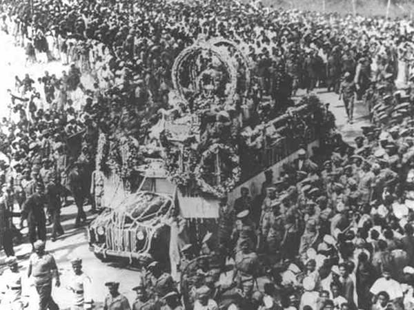 Old India Photos - Gandhiji's final yatra