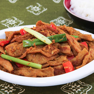 Curry Lemongrass Seitan Stir-Fry (Mi Can Xao Xa Ot) Recipe