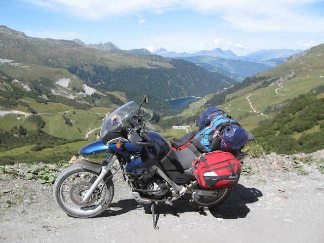 Les filles et la moto... Alpes%20CH-FR-IT%20-%20Du%2004%20au%2012.09.2010%20083