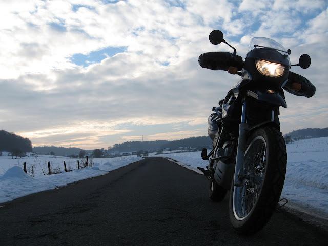 Vos plus belles photos de motos - Page 4 IMG_4472