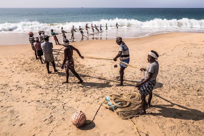 Fishing lines di Marco Tagliarino