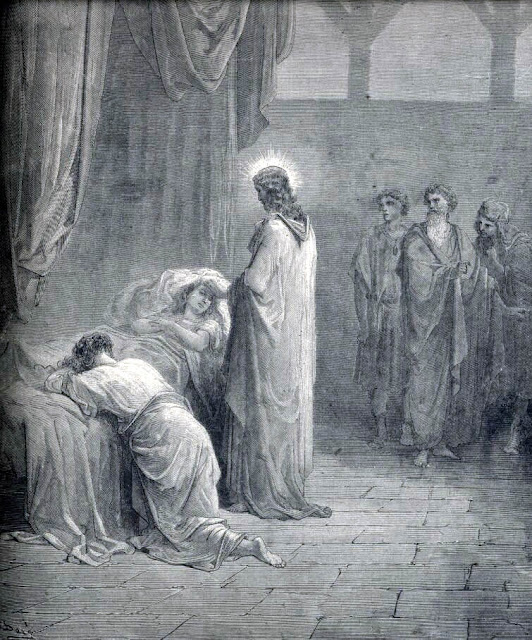 Jesus raises Jairus' daughter back to life
