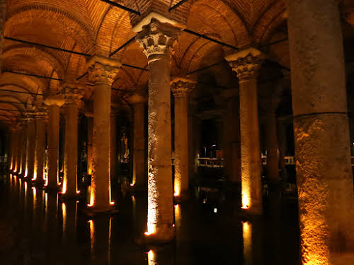 Top Thing to Do in Istanbul Itinerary 3 days // Basilica Cisterns